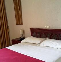 Hotel Hibiscus Blvd Triomphal