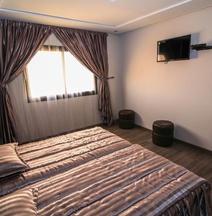 Hotel Jedda Douhi el Ouassini