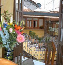 Hotel La Casa de las Rosas