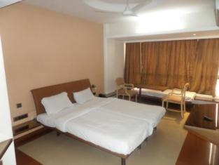 Hotel Panchalee Deluxe