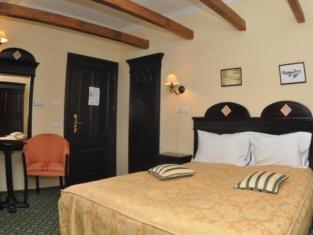 Koronna Hotel