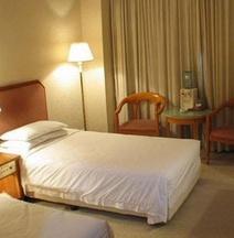 Starway Hotel (Zhuhai Qinglv Road)