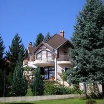 Tahi House