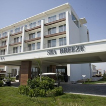 Sea Breeze Hotel & Residence