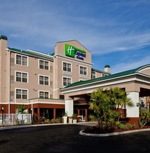 Holiday Inn Express & Suites Sarasota East - I-75