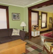 Wanderfalls Guesthouse & Hostel