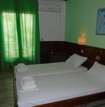 Polyxeni Hotel