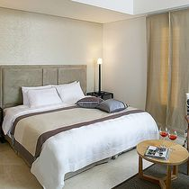 Baume Couture Hotel
