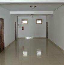 Yong Dee Apartment