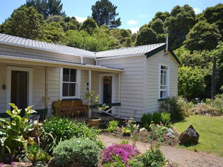 Kauri Coast Estate Owners Cottage