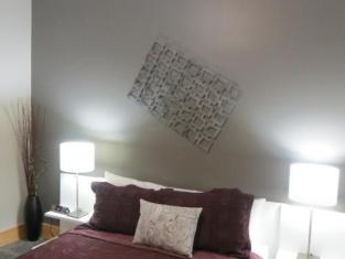 Suites at 118 - Bloomington