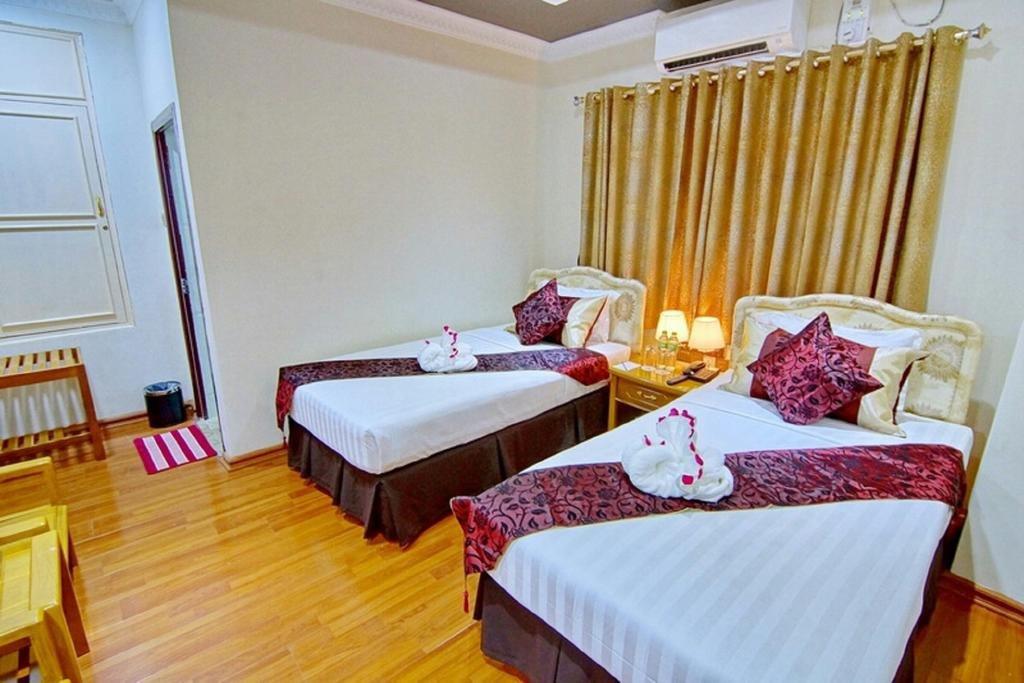 Myat Nan Yone Hotel (MNY)