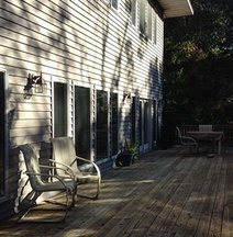 Crofts Cove Bed and Breakfast