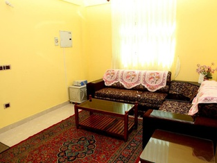 Redrose Service Apartment