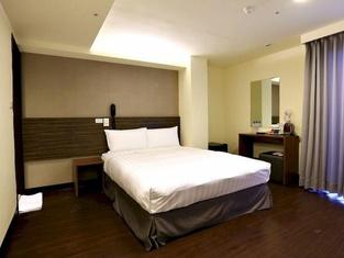 Chance Hotel