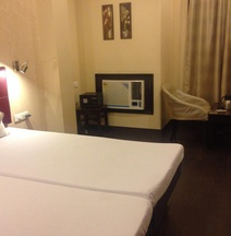 OYO 7872 Amber Hotel