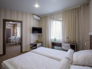 Kamarooms Business Hotel & Spa