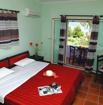 Ionio Hotel