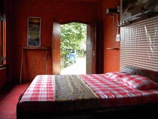 Aelam Home Stay Cabana