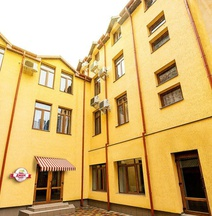 Lviv Central Jam Hotel