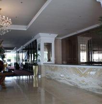 Rich Palace Hotel Surabaya by SoASIA Hotels and Resorts