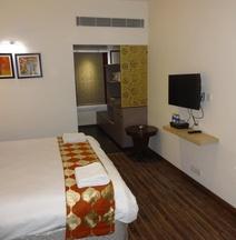 West Marret Hotels
