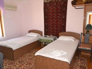Hotel Nazira