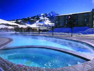 Chateaux Condominiums by Crested Butte Lodging