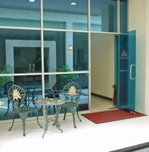 パドマロカ ホテル タラカン