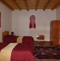 Bibikhanum Hotel