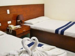 Regatta Residence Hotel