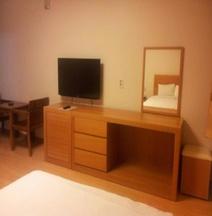 Jeju Parkside Tourist Hotel