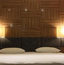 內巴皇家酒店