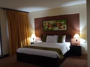 グランド テンバガ ホテル