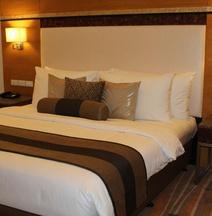 โรงแรมเบสท์เวสเทิร์นพลัส เดอะไอวีวอลล์