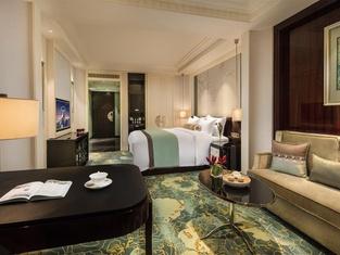 ザ プーリー ホテル