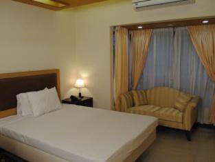 Tea Tree Hotels & Resorts Ltd