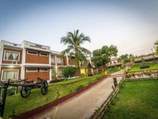 Hotel Queen Jamadevi