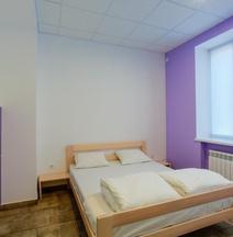 Comfort Hotel & Hostel
