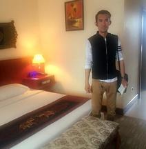 Phonepadith Hotel