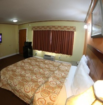 Glen Capri Inn and Suites - Burbank Universal
