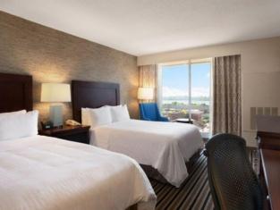 波士顿温德姆灯塔山酒店