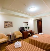 Ξενοδοχείο Νεφέλη