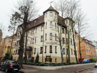 Chaika Hotel