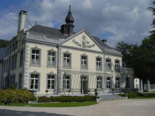 Le Chateau Des Thermes