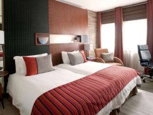 Townhouse Hotel