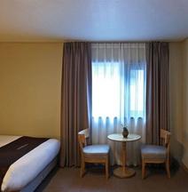 Towerhill Hotel