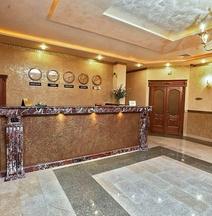 プラーガ ホテル