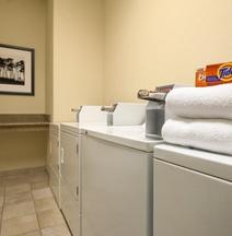 Country Inn & Suites by Radisson, Hobbs, NM