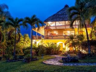 Sleeping Giant Rainforest Lodge
